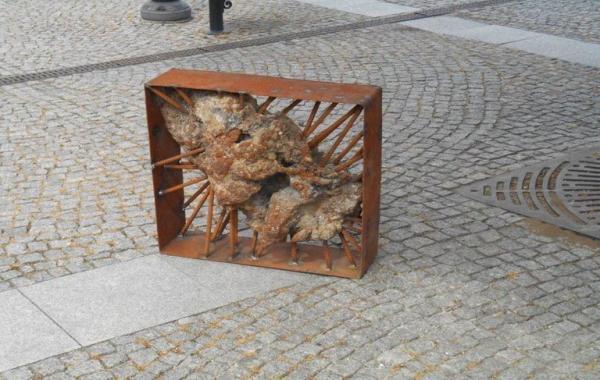metalowa rzeźba 3