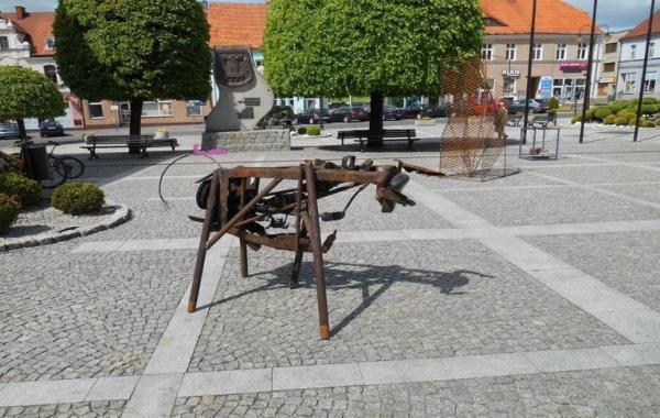 metalowa rzeźba 5