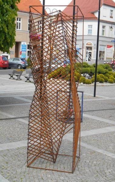 metalowa rzeźba